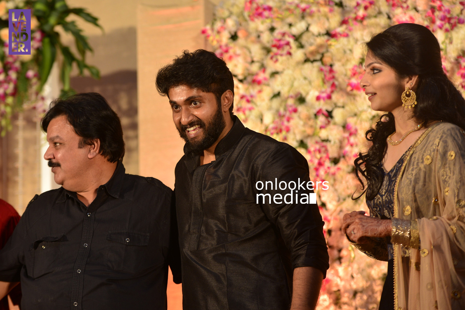 http://onlookersmedia.in/wp-content/uploads/2017/04/Dhyan-Sreenivasan-Wedding-Reception-Stills-Photo-172.jpg