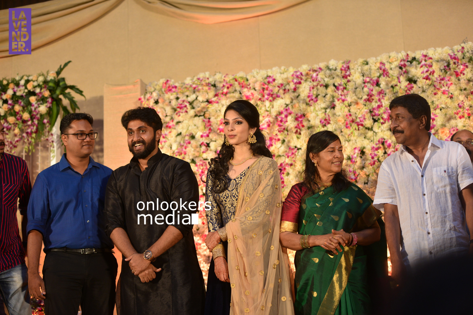 http://onlookersmedia.in/wp-content/uploads/2017/04/Dhyan-Sreenivasan-Wedding-Reception-Stills-Photo-184.jpg