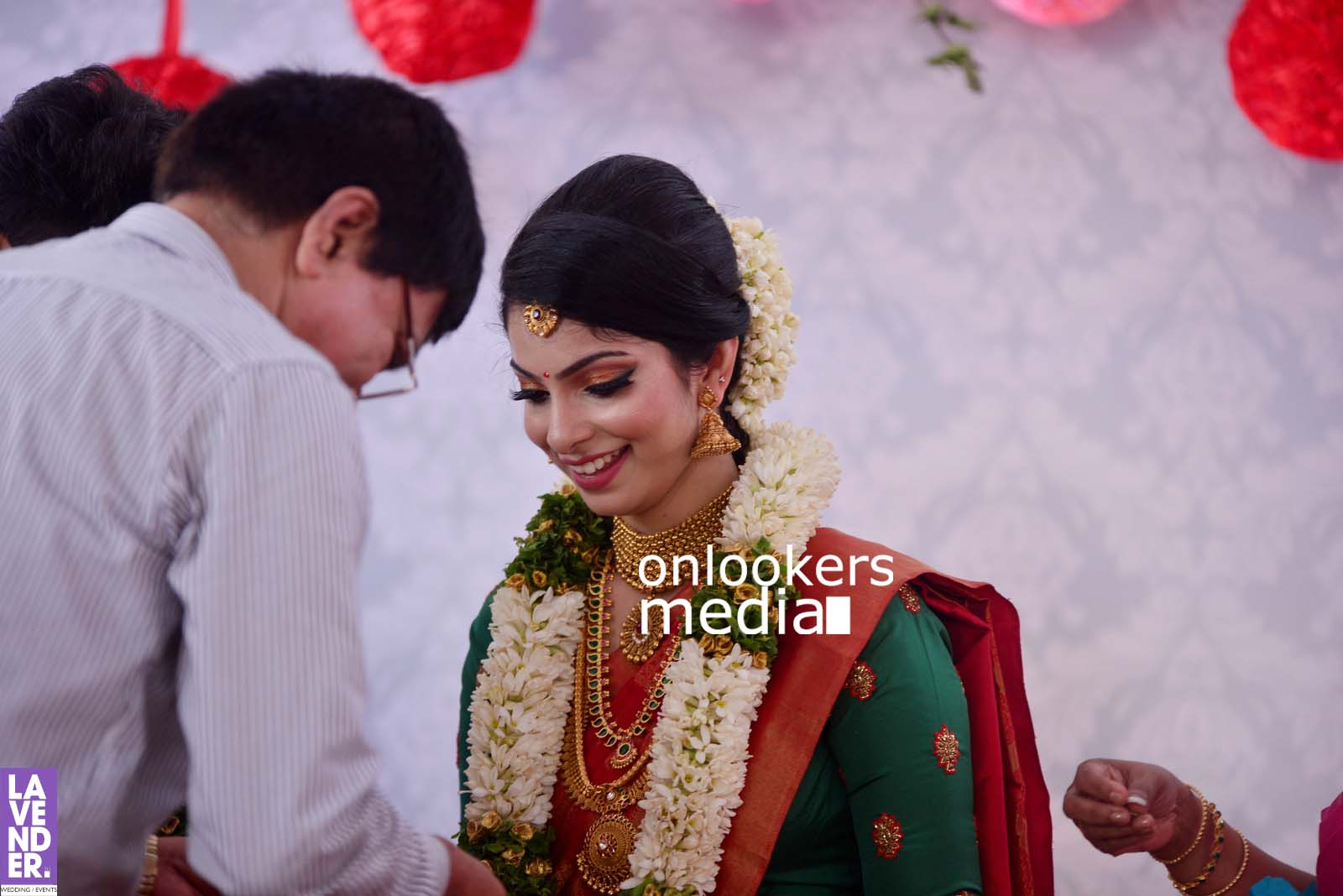 http://onlookersmedia.in/wp-content/uploads/2017/04/Dhyan-Sreenivasan-Wedding-Stills-Photos-30.jpg