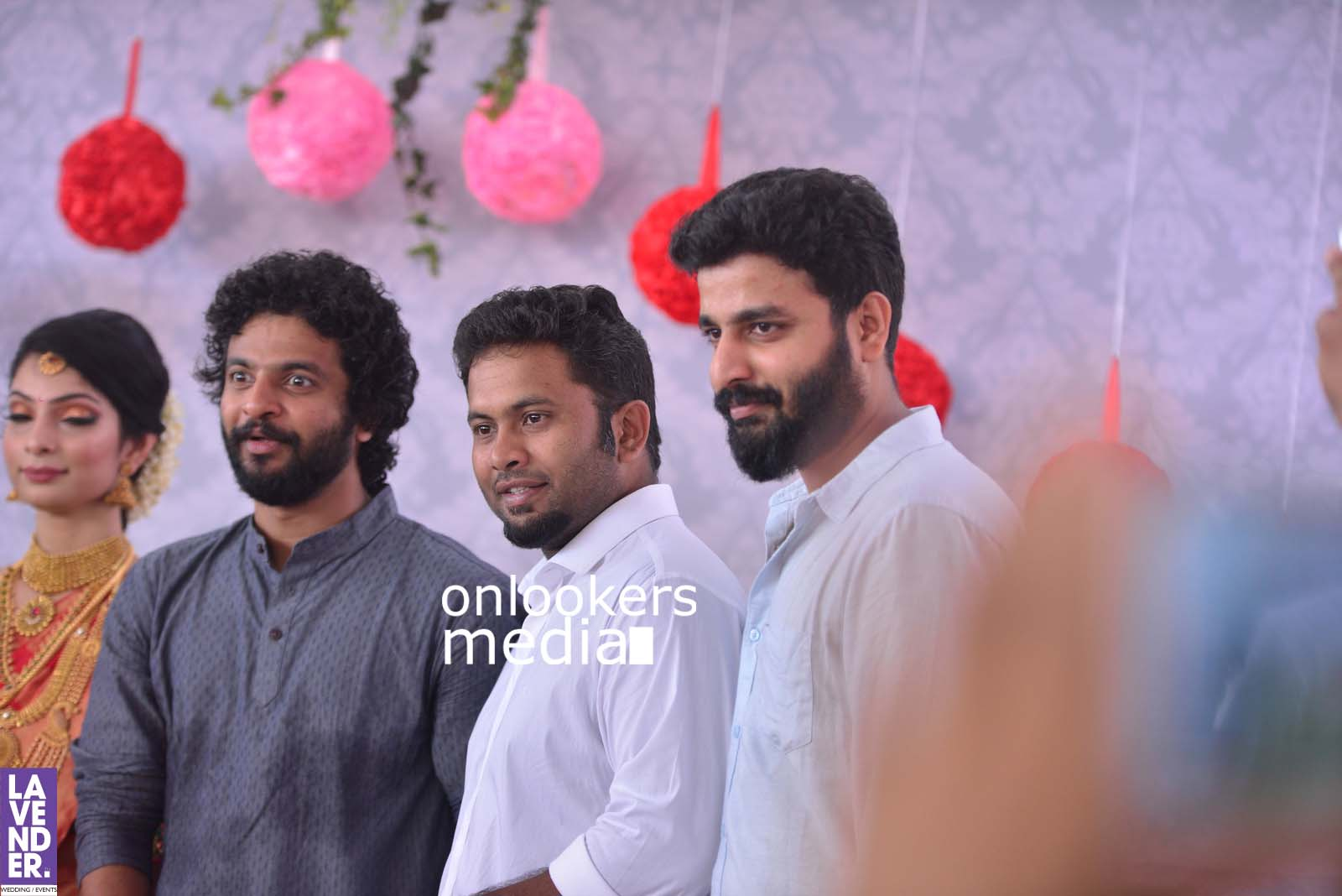 http://onlookersmedia.in/wp-content/uploads/2017/04/Dhyan-Sreenivasan-Wedding-Stills-Photos-44.jpg