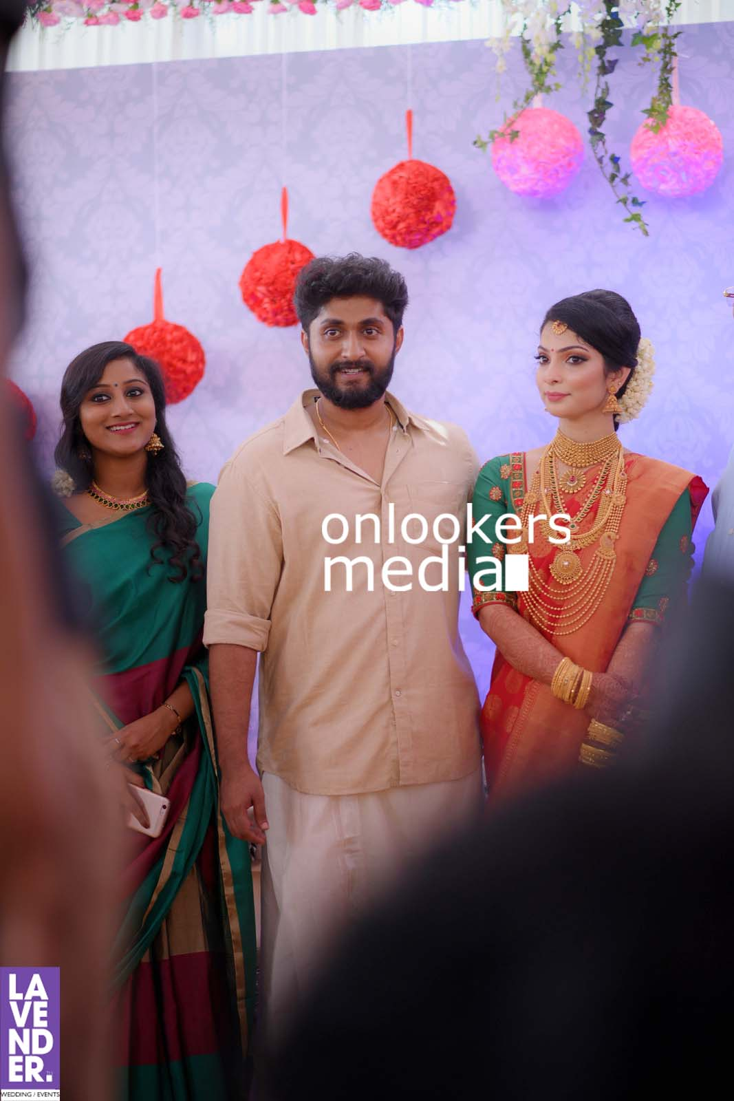http://onlookersmedia.in/wp-content/uploads/2017/04/Dhyan-Sreenivasan-Wedding-Stills-Photos-49.jpg