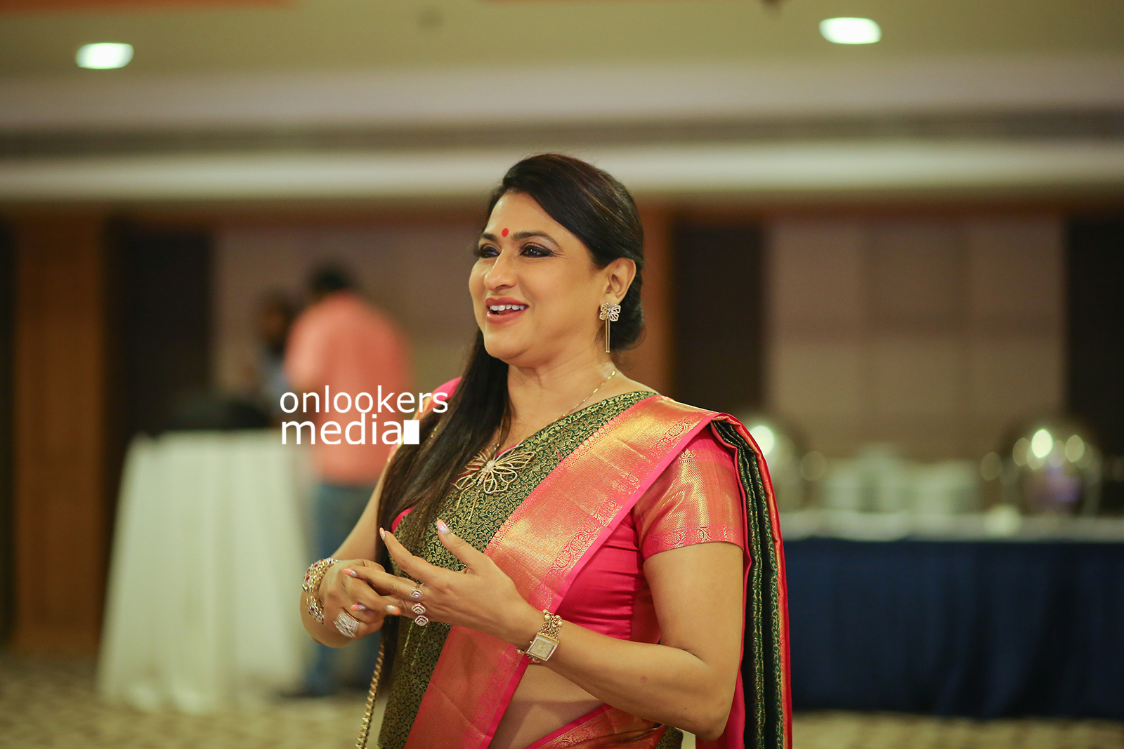 http://onlookersmedia.in/wp-content/uploads/2017/04/Seematti-Kanchi-Banaras-Bridal-Collection-2017-Press-Meet-7.jpg