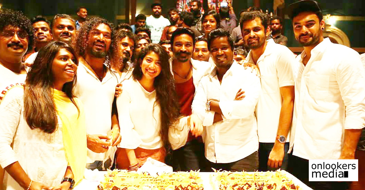 sai pallavi,sai pallavi's birthday celebration still at maari 2 location,sai pallavi's birthday celebration stills,sai pallavi's latest news,sai pallavi's movie news,sai pallavi's images