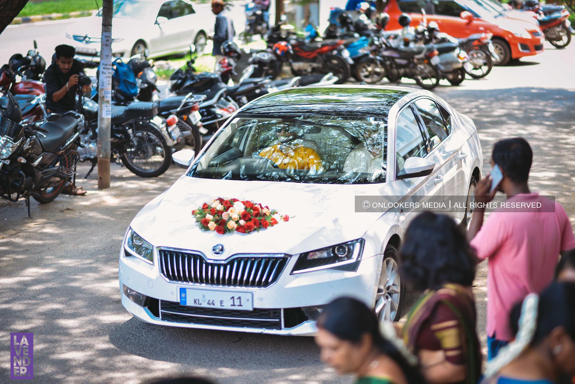 http://onlookersmedia.in/wp-content/uploads/2018/05/sreejith-vijay-wedding-stills-images-10.jpg