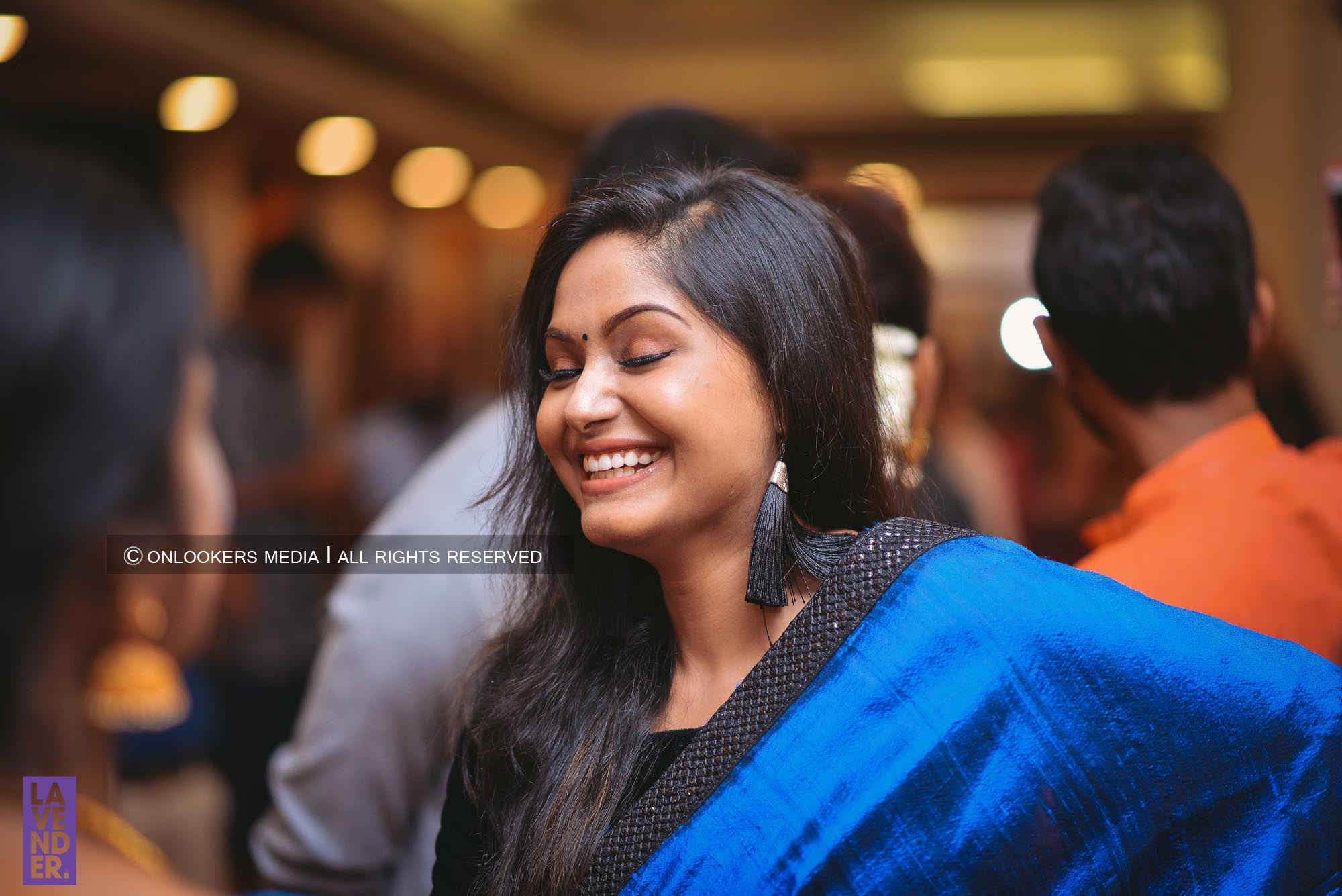 http://onlookersmedia.in/wp-content/uploads/2018/05/sreejith-vijay-wedding-stills-images-101.jpg