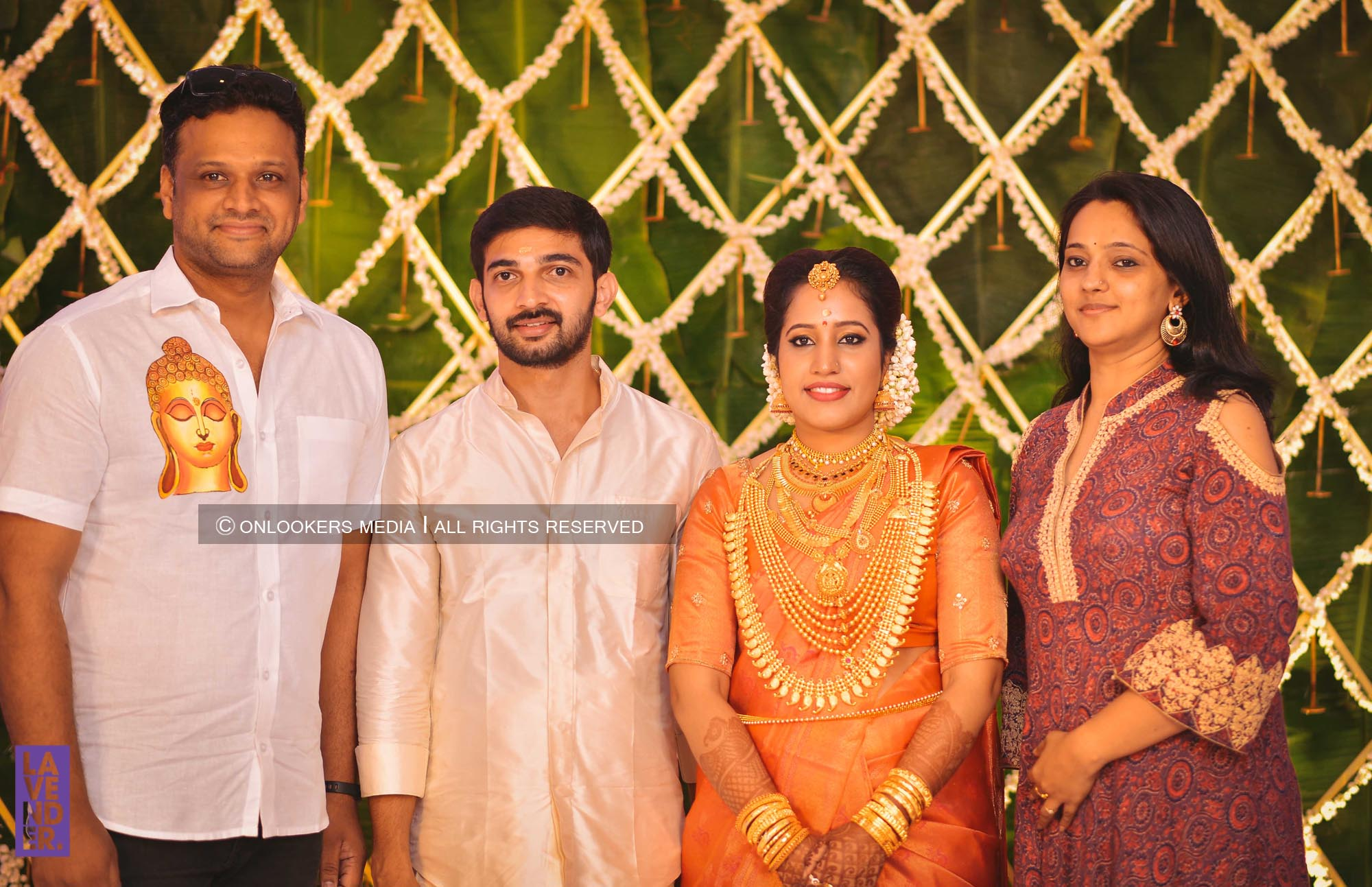 http://onlookersmedia.in/wp-content/uploads/2018/05/sreejith-vijay-wedding-stills-images-114.jpg