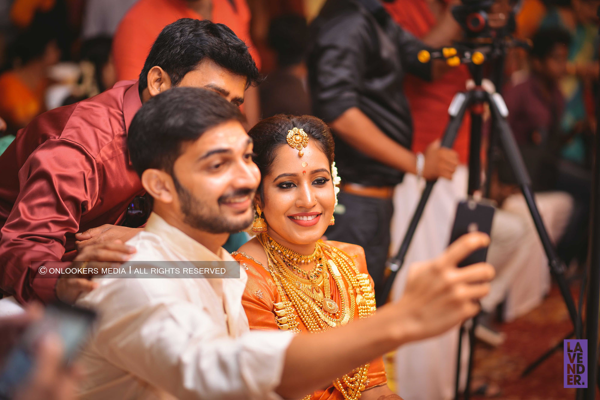 http://onlookersmedia.in/wp-content/uploads/2018/05/sreejith-vijay-wedding-stills-images-124.jpg