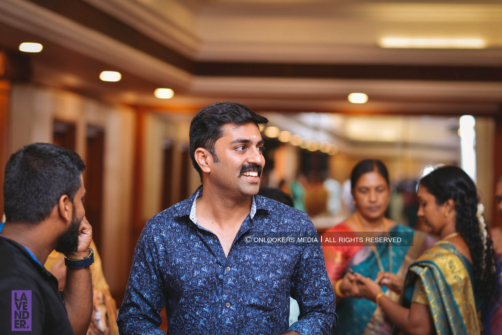 http://onlookersmedia.in/wp-content/uploads/2018/05/sreejith-vijay-wedding-stills-images-145.jpg