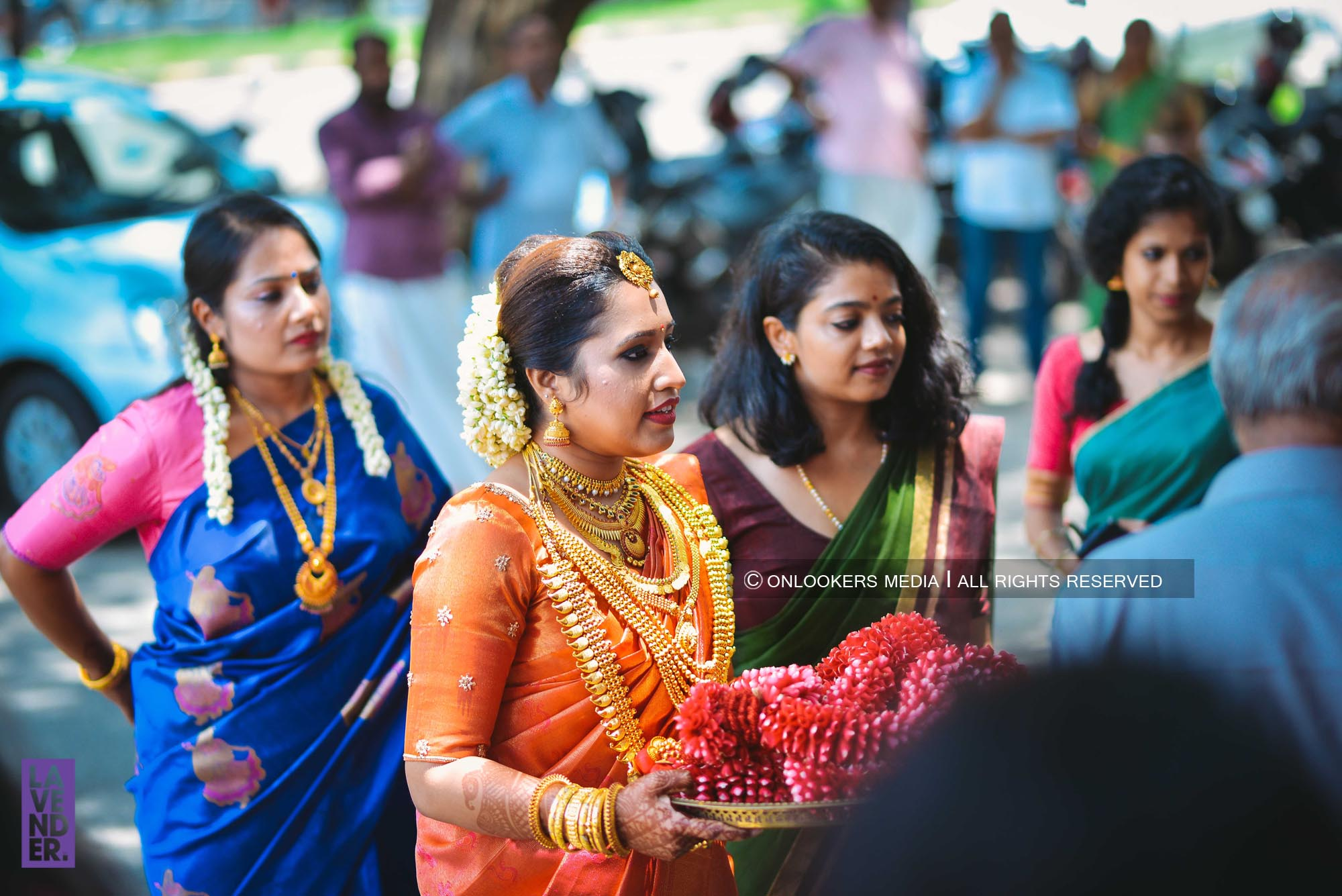http://onlookersmedia.in/wp-content/uploads/2018/05/sreejith-vijay-wedding-stills-images-27.jpg