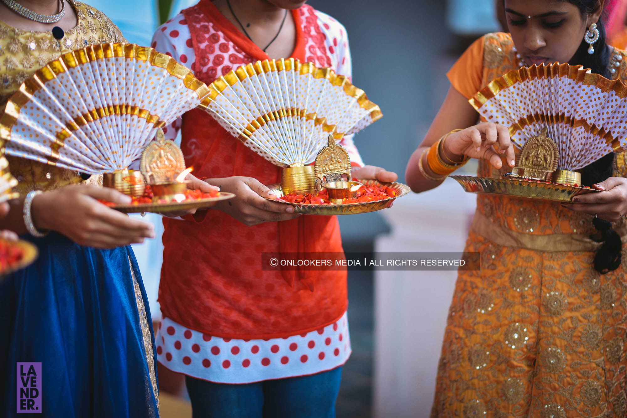 http://onlookersmedia.in/wp-content/uploads/2018/05/sreejith-vijay-wedding-stills-images-7.jpg