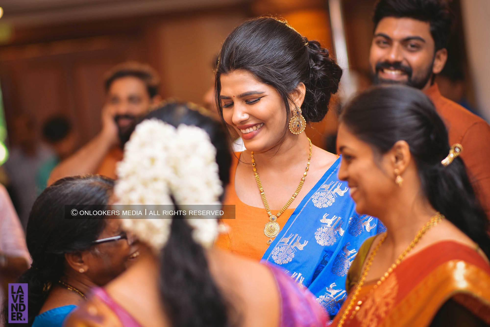 http://onlookersmedia.in/wp-content/uploads/2018/05/sreejith-vijay-wedding-stills-images-77.jpg