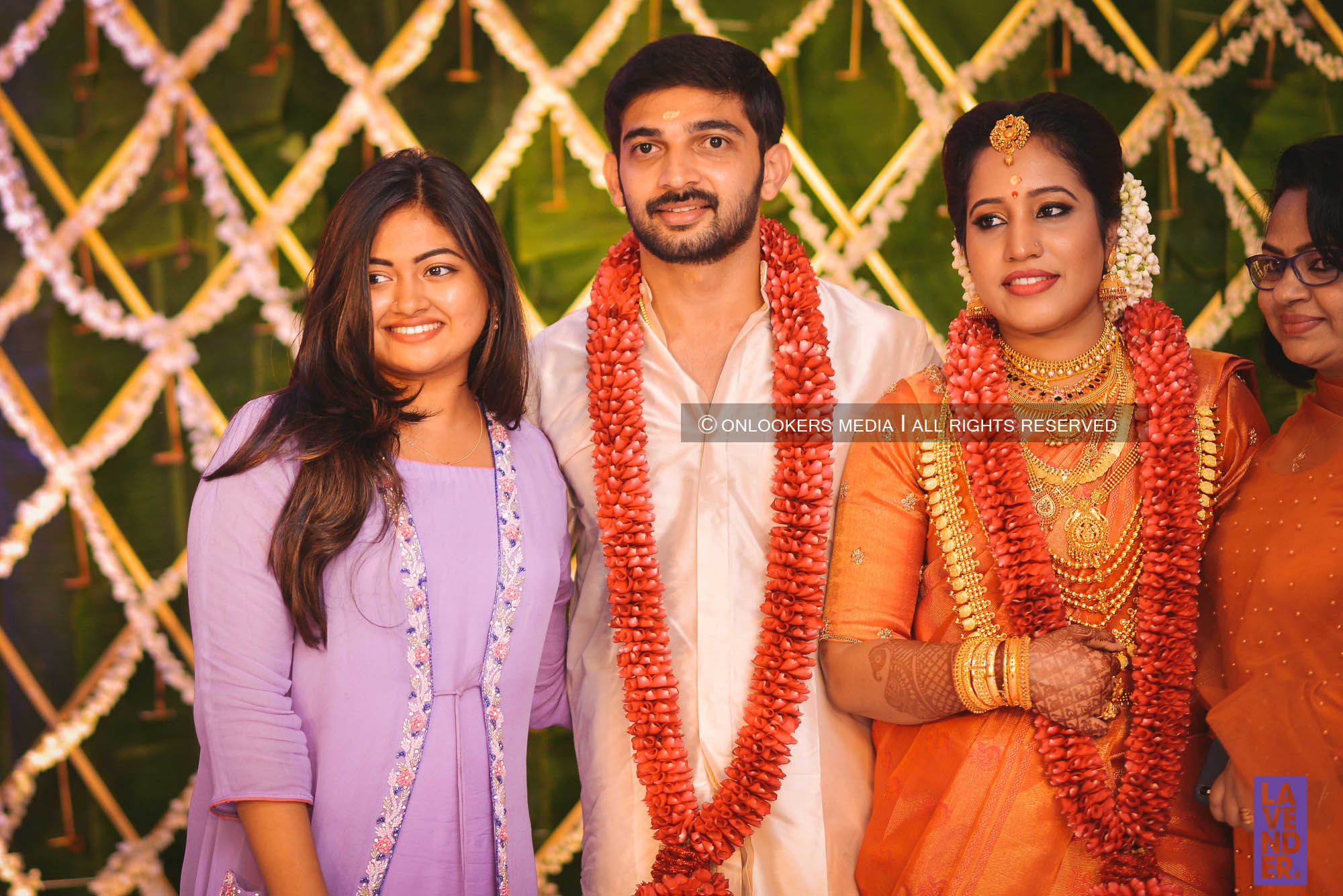 http://onlookersmedia.in/wp-content/uploads/2018/05/sreejith-vijay-wedding-stills-images-87.jpg