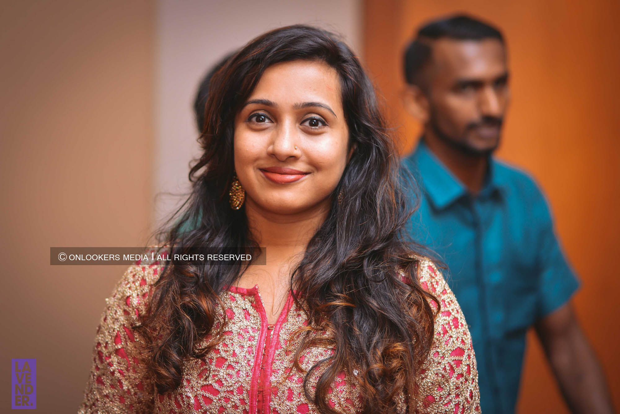 http://onlookersmedia.in/wp-content/uploads/2018/05/sreejith-vijay-wedding-stills-images-91.jpg