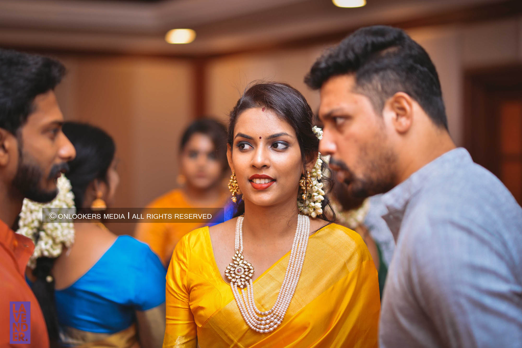http://onlookersmedia.in/wp-content/uploads/2018/05/sreejith-vijay-wedding-stills-images-97.jpg