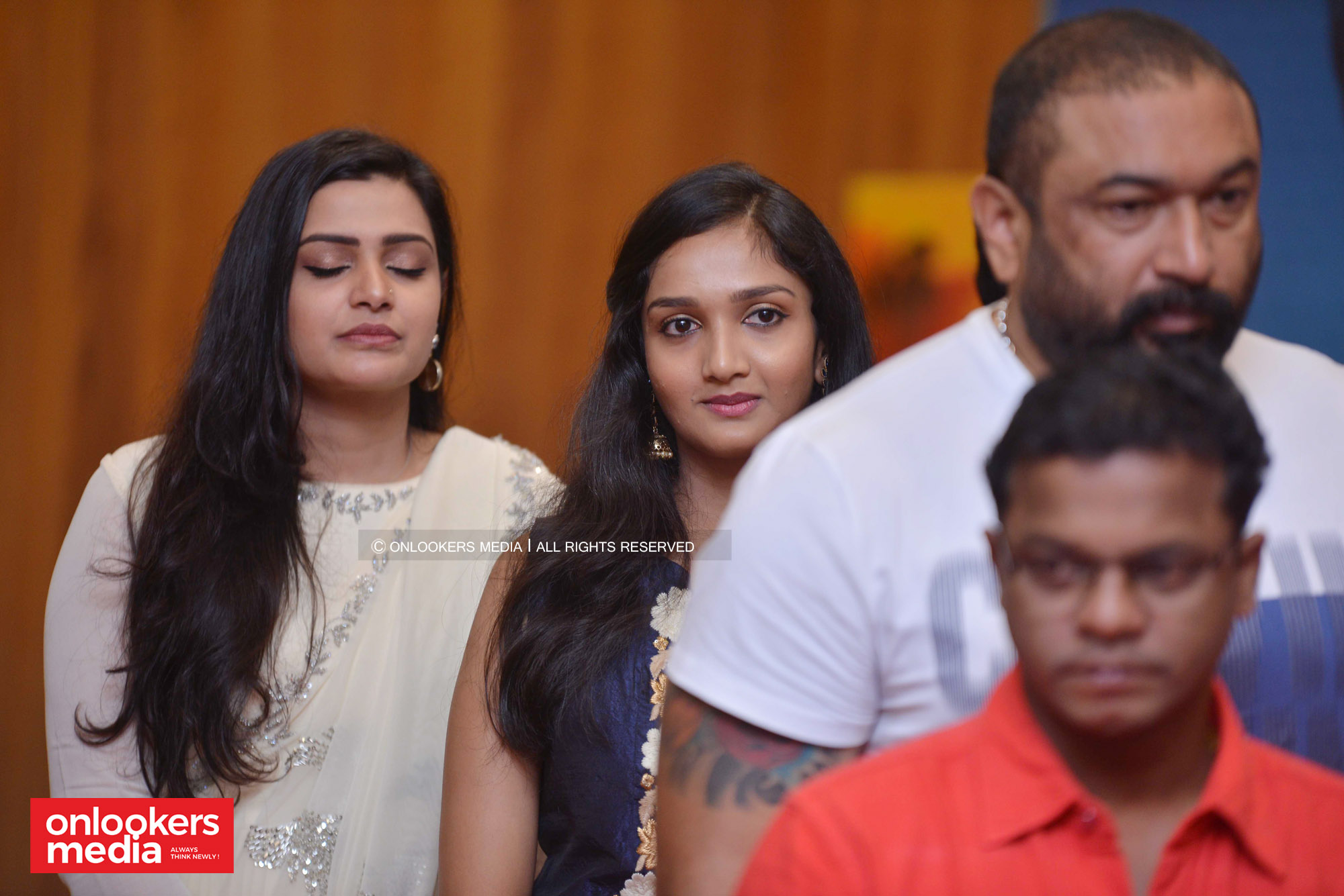 http://onlookersmedia.in/wp-content/uploads/2018/12/Grand-Father-movie-pooja-function-stills-images-38.jpg