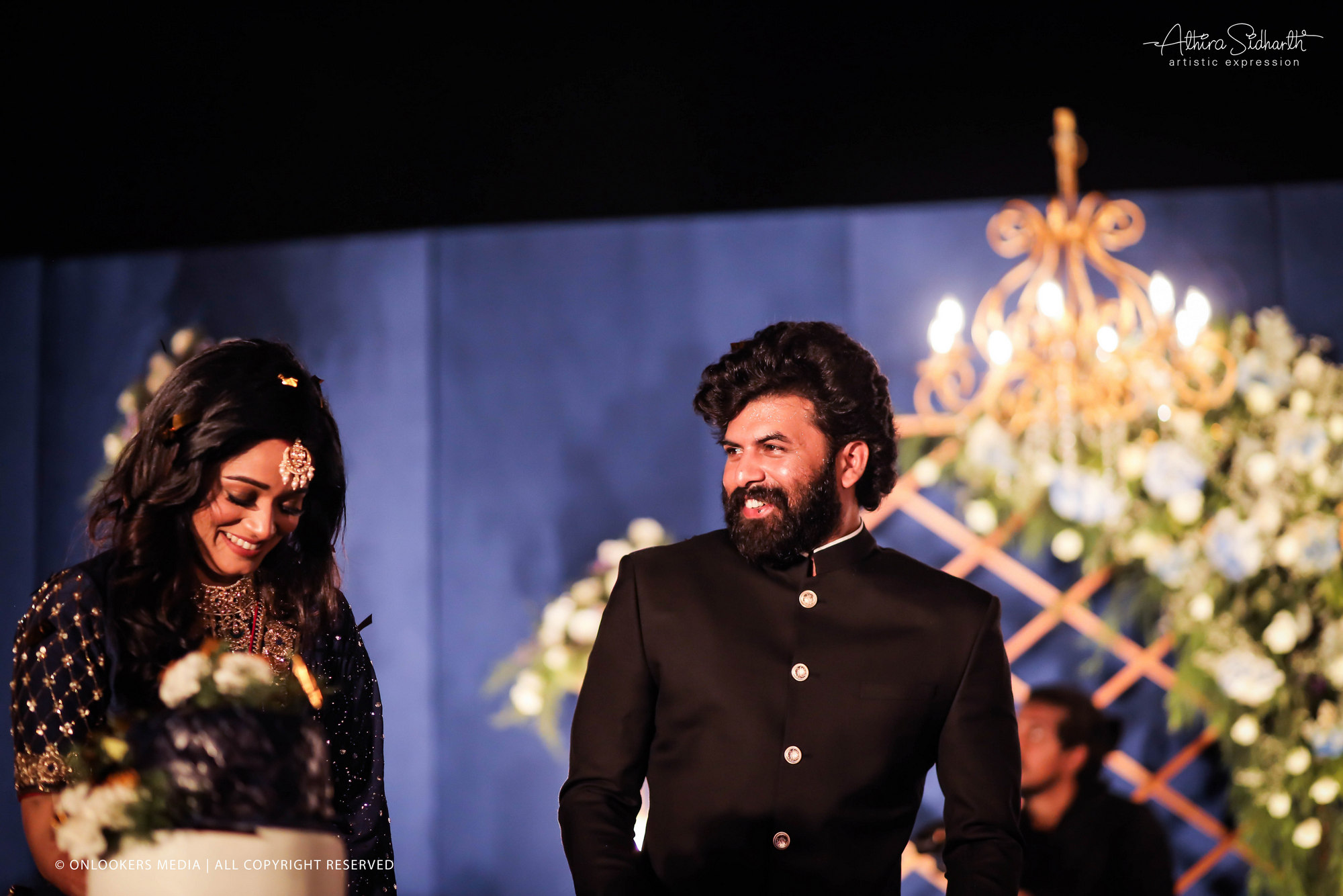 http://onlookersmedia.in/wp-content/uploads/2019/04/sunny-Wayne-wedding-reception-photos-stills-images-38.jpg