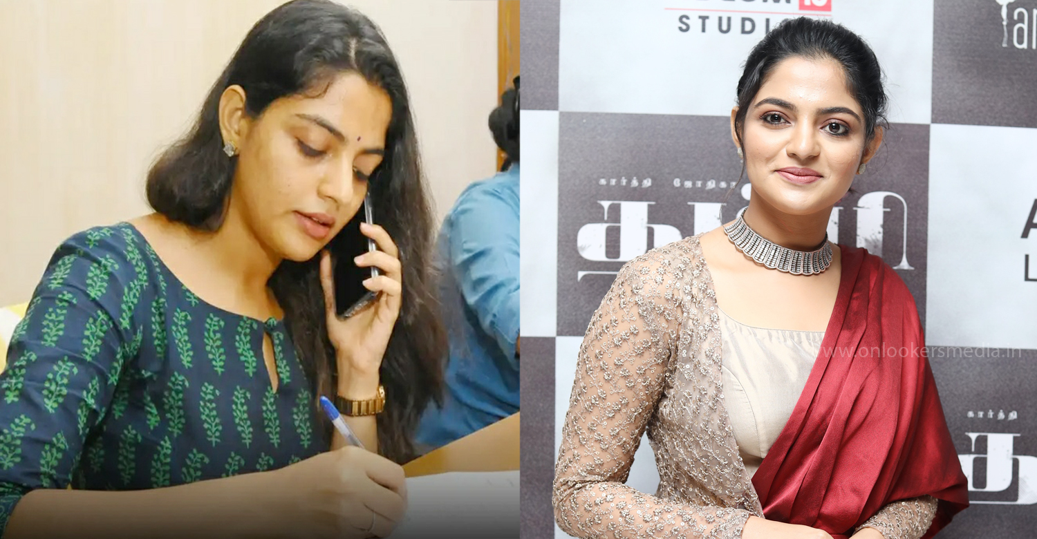 Nikhila Vimal,actress Nikhila Vimal,malayali actress Nikhila Vimal,actress Nikhila Vimal latest news,covid 19 kerala updates,corona virus in kerala,covid 19 kerala corona call centre,malayalam news,mollywood film news,Nikhila Vimal volunteer at Kannur Corona call centre,volunteer Kannur Corona call centre